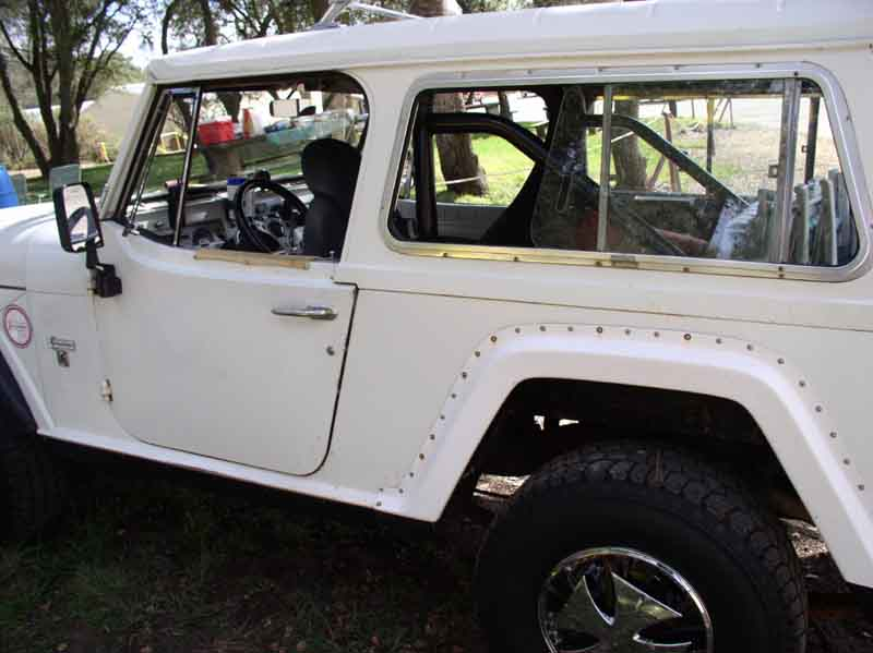 1973 jeep commando jeepster commando amc commando this is the american jeepster club meeting 1 2005